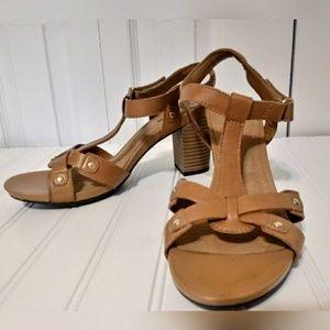 Clark's Collection Soft Cushion Sandals SZ 9